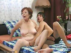 Pregnant women nude boobs gif