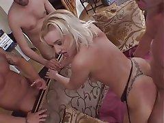 Sexy girl gettin fuked