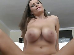 Teenage girl with nice big tits and ark brown hair
