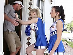 Cheerleader, Teen