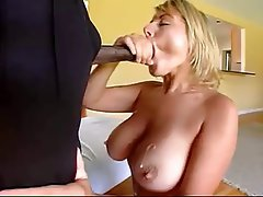 Deja boobs