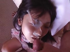 Teen behaves badly when her slit is stretched