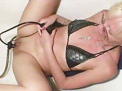 Wwe hot renee naked