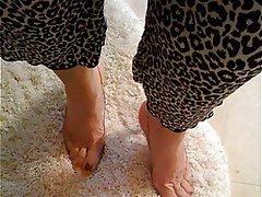 Foot Fetish, Masturbation, Mature, MILF, Stockings