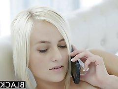 Blondes Mädchen Bbc Blowjob